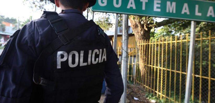 Honduras: Efectivos de la Policía de Fronteras diario colon