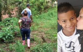 Karina Chinchilla enmontañada en Tela, buscando a su hijo Enoc Misael Pérez Chinchilla.