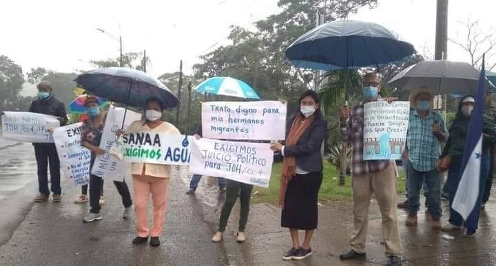 Sectores sociales protestan nuevamente en La Ceiba